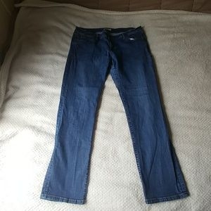 CAbi Relaxed Straight Stretchy Jeans Size 16